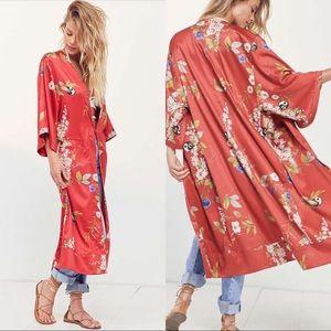 Kimchi Blue Isabel Red Longline Patterned Kimono